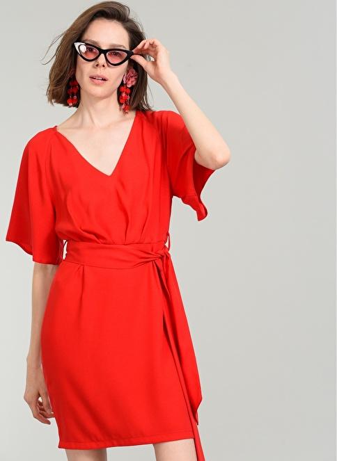 People By Fabrika Beli Bağlamalı Elbise Kırmızı